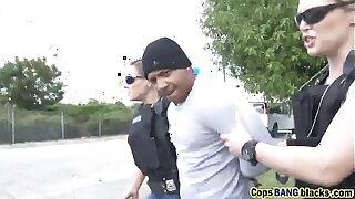 One hot female cop uses black felon's large penis toearns-a-lesson-hd-72p-porn-2