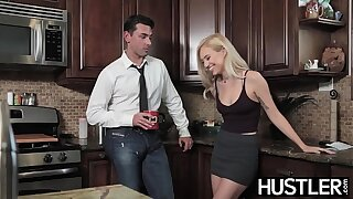 Young seducer Lyra Law pussy receives miles of big cock