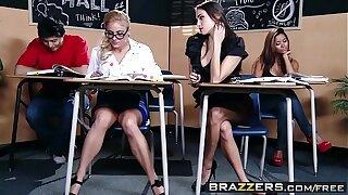 Brazzers - (Cameron Canada, Celeste Star) - Seducing a Straight Girl