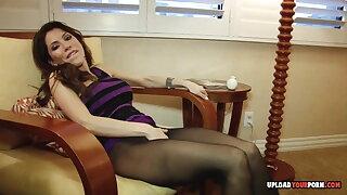Stepmom pleasures herself over her sexy pantyhose