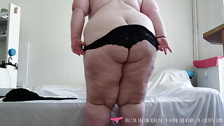 Vends-ta-culotte - French BBW Strip Tease for Loosers