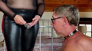 Mistress April - Slave Humiliation